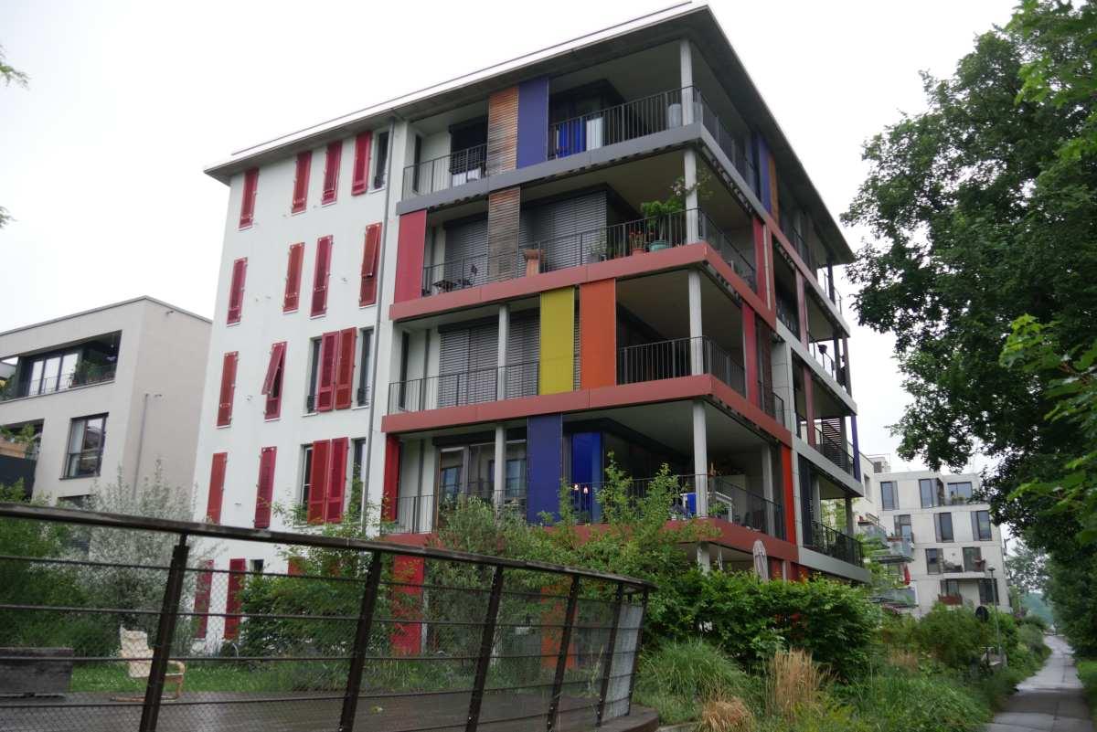 durch eine private Baugemeinschaft entwickeltes Wohnhaus, Alte Weberei in Tübingen