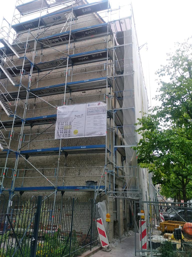 Klushuizen-Projekt in der Uhlandstr. 25 während der Sanierung